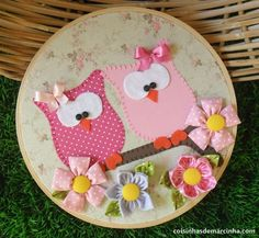 Sweet idea for embroidery hoop craft! Owl Fabric, Fabric Crafts, Sewing Crafts, Owl Crafts, Diy And Crafts, Arts And Crafts, Craft Projects, Sewing Projects, Embroidery Hoop Crafts