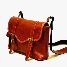 Pentax Q Vintage Leatherette Shoulder Bag (Brown) 101