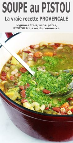 The soup au pistou is a classic provencal cuisine. A soup in the summer easy. Ec vegetables summer fresh and legumes. Small pasta and pesto basil. Small Pasta, Winter Food, Vegetable Dishes, Soups And Stews, Cooker Recipes, Entrees, Snack Recipes, Drink Recipes