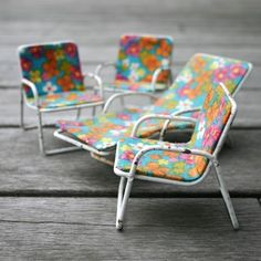 Miniature chairs ~DIY this?