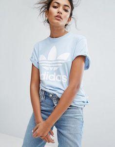 adidas Originals - T-shirt coupe boyfriend à motif trèfle - Bleu