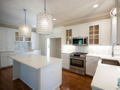 Open Kitchen | White Marble | Southern Kitchen | Large Island | Athens, Ga |