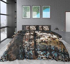 Prachtig luxe dekbedovertrek met een print van bloemen en andere figuurtjes. Dit katoen satijnen dekbedovertrek past door zijn kleurenpallet in bijna iedere slaapkamer! Good Night Sleep, Comforters, Pillow Cases, Unique Bedding, Blanket, Bedroom, Natural Materials, Graphics, Colorful