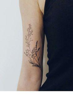 Summer flowers tattoo | Inspiring Ladies