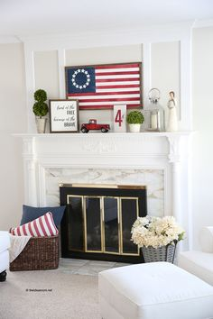 holidays in july Sharing our Summer Mantle with our Fourth of July decor. Sharing our red, white and blue DIY Fourth of July decor that you can make too! Fourth Of July Decor, 4th Of July Decorations, 4th Of July Party, July 4th, Outdoor Decorations, Wedding Decorations, Summer Mantle Decor, Fall Decor, Wood Flag
