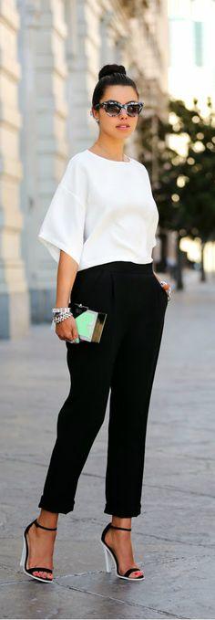 La combinación blanco y negro nunca pasada moda, este estilo transmite frescura y elegancia a la vez.