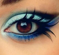 Beautiful Bright Fairy Makeup Idea; only in green.