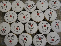 Jess we're doing this! Red Nose Day Cakes, Cupcake Images, Celebration Day, Halloween Cupcakes, Cooking With Kids, Bake Sale, Party Cakes, Cake Decorating, Decorating Ideas