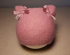 991 Best Bebe images in 2020 Knitting For Charity, Baby Hats Knitting, Knitted Booties, Knitted Hats, Crochet Baby, Knit Crochet, Baby Barn, Bijoux Fil Aluminium, Waldorf Dolls
