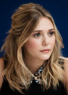 Elizabeth Olsen half up hair Elizabeth Olsen, Hair Day, New Hair, Mid Length Hair, Great Hair, Gorgeous Hair, Gorgeous Makeup, Pretty Hairstyles, Hair Lengths