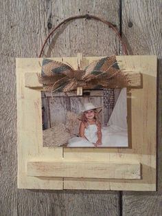 Hey, I found this really awesome Etsy listing at https://www.etsy.com/listing/175279493/pallet-wood-picture-frame
