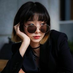 Happy Birthday to this Queen! Korean Actresses, Korean Actors, Actors & Actresses, Cute Celebrities, Korean Celebrities, Square Face Hairstyles, Cool Hairstyles, Instyle Magazine, Cosmopolitan Magazine