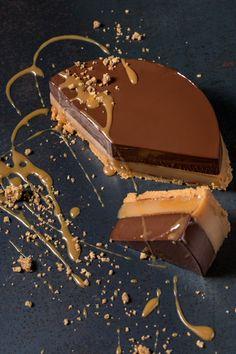 Πεντανόστιμη Τάρτα Με Καραμελωμένο Γάλα & Σοκολάτα | Γιάννης Λουκάκος Chocolate Caramel Tart, Keto Chocolate Recipe, Chocolate Cake, Burfi Recipe, Sweets Recipes, Desserts, Sweet Tarts, Baking, Snacks