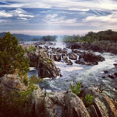 Great Falls National Park  Looking north, up Mather Gorge