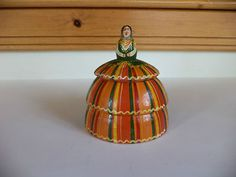 VINTAGE WOOD PEASANT GIRL TRINKET BOX ? COLORFUL MADE IN POLAND 9.99$