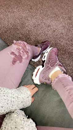 Pinky nike vapormax plus damenschuheadidas nike pinky vapormax – Artofit Cute Sneakers, Shoes Sneakers, Sneaker Heels, Hype Shoes, Fresh Shoes, Baskets, Shoe Game, New Shoes, Girls Shoes