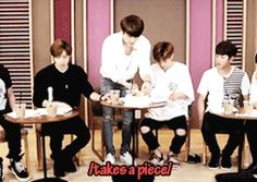 nyamwoohyun during broadcast + the 'stop eating' leader #woogyu