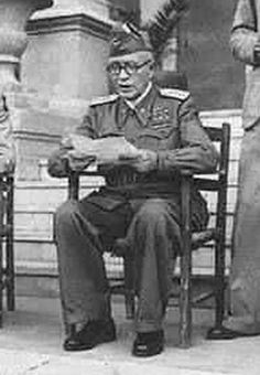 13 Oct 43: One month after the surrender of its army to the Allies, Italian Prime Minister Pietro Badoglio declares war on Germany, its former Axis partner. #WWII