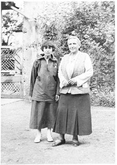 Gertrude Stein and Alice B. Toklas, 1934 a rose is a rose is a rose