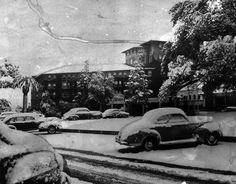 The Huntington Hotel in Pasadena under a blanket of snow. Photo courtesy of the Los Angeles Public Library.