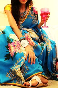 blue_floral_print_saree_methodorama_misha_singh