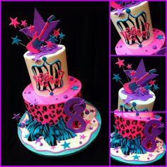 Wild safari cake