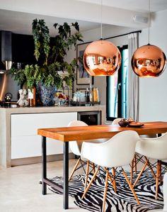 une salle manger moderne