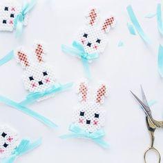 DIY Hama perler Easter bunny ornaments by frkhansen Perler Bead Designs, Hama Beads Design, Hama Beads Patterns, Perler Bead Art, Beading Patterns, Peler Beads, Iron Beads, Melting Beads, Beaded Cross