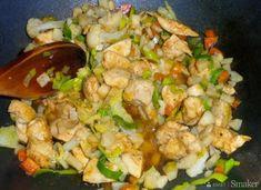 Kurczak w kopertach z ciasta francuskiego - przepis ze Smaker.pl Potato Salad, Food And Drink, Potatoes, Ethnic Recipes, Food, Potato