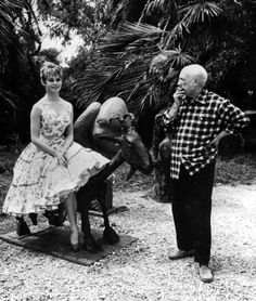 Brigitte Bardot visits Pablo Picasso in Cannes in 1956