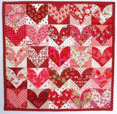 valentine quilt | great scrappy Valentine quilt by Jan at Bemused. | Quilting