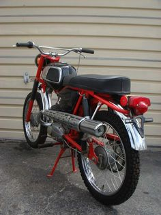Historie motocyklů Jawa 90 - Fotoalbum - Trail USA Old Motorcycles, Old Bikes, Classic Bikes, Bike Design, Wheels, Retro, Branding, Legends, Photos