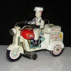 1950`s WIND-UP TIN LITHO ICE CREAM CONE MOTORCYCLE W/ BUMP`N GO ACTION KO JAPAN…
