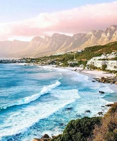 Cape Town in South Africa 🌊 Camping Places, Places To Travel, Travel Destinations, Places To Go, Chobe National Park, California Camping, Cape Town South Africa, Destination Voyage, Photos Voyages