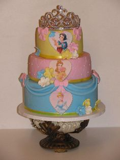 This is a cake that I made for a little princess Grace! This is all done by Sandra Home Elegance Cakes I hope you all like it!