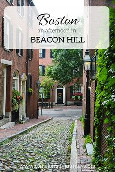 An afternoon spent exploring the Beacon Hill neighborhood of Boston with a stop in the Boston Commons, Public Garden, Cheers and Acorn Street. Boston Travel Guide, Usa Travel Guide, Travel Usa, Travel Tips, Travel Ideas, Travel Europe, Budget Travel, Beacon Hill Boston, Boston House
