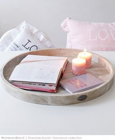 I hope life is good for you -Jeanelly Interior Styling, Interior Decorating, Decorating Ideas, Tray Styling, Italian Lifestyle, Pastel House, Pink Candles, Concrete Wood, Candle Lanterns