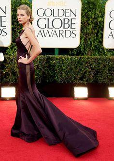 Taylor Swift in Donna Karan Atelier at Golden Globes 2013  Gold Dress #2dayslook #jamesfaith712 #GoldDress  www.2dayslook.com