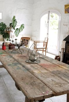 a stone house in Menorca Farmhouse Dining Room Rug, Farmhouse Table, Dining Table, Table Plancha, Country Furniture, Bench Furniture, Furniture Nyc, Plywood Furniture, Unique Furniture