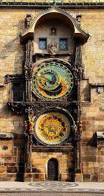Incredible Pictures: Astronomical Clock - Prague, Czech Republic
