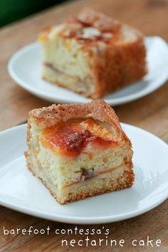 Barefoot Contessa& Fresh Peach Nectarine Cake Oh, Ina. I just heart you. Ina makes a Fresh Peach Cake to celebrate summer. Nectarine Recipes, Fruit Recipes, Sweet Recipes, Cake Recipes, Dessert Recipes, Nectarine Dessert, Nectarine Jam, No Bake Desserts, Tarts