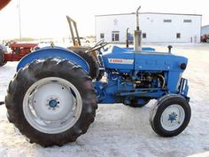 Ford 2000 tractor salvaged for used parts. This unit is available at All States Ag Parts in Black Creek, WI. Call 877-530-2010 parts. Unit ID#: EQ-25435. The photo depicts the equipment in the condition it arrived at our salvage yard. Parts shown may or may not still be available. http://www.TractorPartsASAP.com