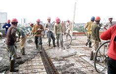 Pelaksanaan pengecoran beton & pelat dilakukan setelah pemasangan bekisting dan tulangan selesai, dalam hal ini pelaksanaan pengecoran dilak...
