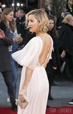 Kate-Hudson-Kung-Fu-Panda-2-Movie-Premiere-Red-Carpet-fashion-J-Mendel-Tom-Lorenzo-Site (4)