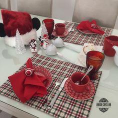 Mesa posta - jantar romântico - jantar a dois - roupas de mesa @minhamaequemfez - mesa chique - anfitriã - vamos receber - receber bem - receber com charme - mesa posta natal - mesa para ceia - mesa café da manhã