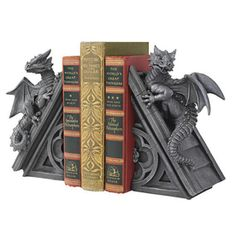 Place with gothic beauty of dragon bookends on tabletop to give mystic decoration between books. These dragon bookends are for complete spiritual perfection. Gothic Castle, Gothic House, Victorian Gothic Decor, Vintage Gothic, Dragon Medieval, Medieval Gothic, Medieval Books, Medieval Castle, Dragons
