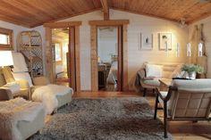 mökki arkistot - At Maria's Oversized Mirror, Furniture, Home Decor, Decoration Home, Room Decor, Home Furnishings, Home Interior Design, Home Decoration, Interior Design