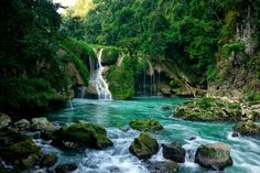 Semuc Champey in Guatemala. Paradise II by Isacg.