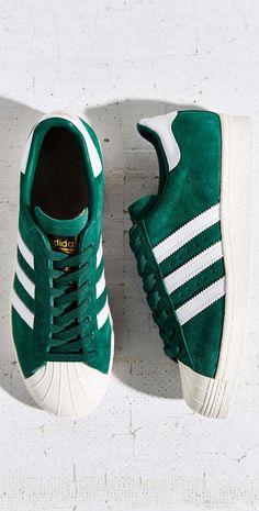 superstar sneakers//