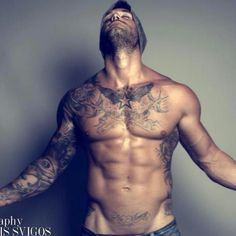 Hot damn...... Love a man with tats & being ripped is a plus too!!